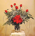 Edmonton Florist, 6 roses, leather leaf , bb breath & vase/004